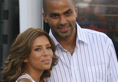 На седьмом месте в рейтинге звездных пар находятся актриса Ева Лонгория и знаменитый баскетболист Тони Паркер.