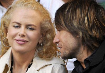 Третья позиция рейтинга - за актрисой Николь Кидман и ее супругом кантри-исполнителем Кейтом Урбаном.