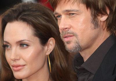 """Навряд ли кого-то удивит тот факт, что на первой позиции рейтинга оказались Бред Питт и Анджелина Джоли, которых с легкой руки """"желтой прессы"""" на страницах американских СМИ уже не называют иначе чем """"Брэнджелина""""."""