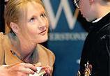 Новый рассказ Джоан Роулинг раскупают с рекордной скоростью