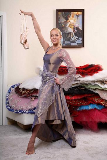 Анастасия Волочкова 1 сентября пришла в школу в шубе