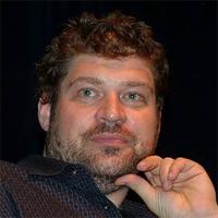 Брэд Уильям Хенке
