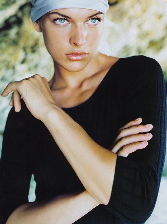 Милла Йовович в журнале Lucky. Фото
