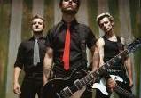 Лидер Green Day подписался на участие в 50 мюзиклах
