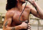 Австралийскую улицу предложили назвать в честь первого вокалиста AC/DC