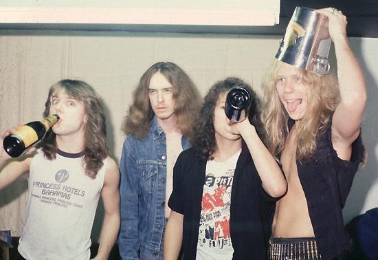 Американская армия слушает Metallica, The Offspring и Thin Lizzy