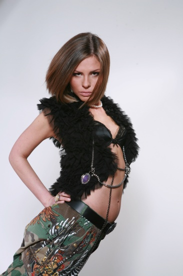 Пыльца представила свой новый альбом АНТИ R'n'B