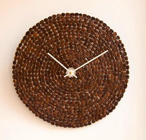 Часы с кофейными зернами – 200 грн