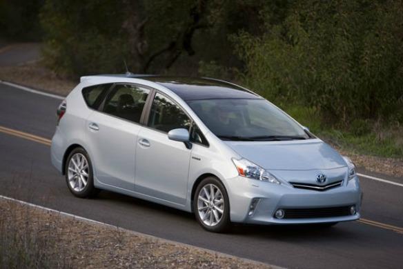 Toyota Prius, приблизительная цена: $23520 - $28790