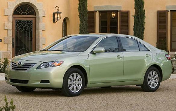 Toyota Camry Hybrid, приблизительная цена: от $20000