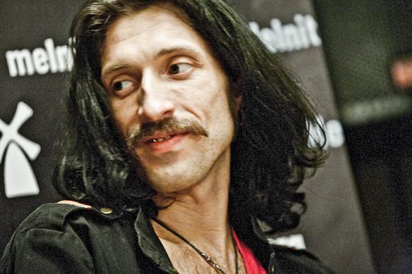 Евгений Гудзь Gogol Bordello