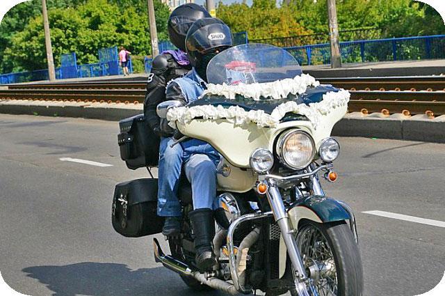 мотоцикл и знакомство с девушкой