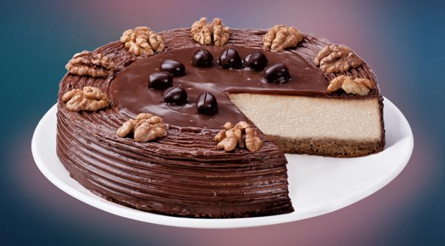 Кофейный чизкейк: нежный чизкейк на кофейно-бисквитной основе с выраженным вкусом свежезаваренного кофе и ликером Калуа (255 грн.).