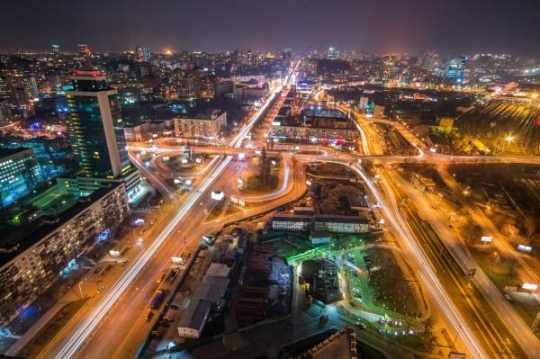 Киев в сумерках, но эти сумерки - предрассветные
