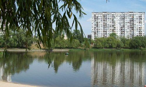 В КГГА не рекомендуют купаться в 34 озерах и прудах столицы