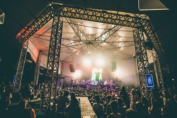 """Вечеринка """"Закрытие Зеленого театра. Набережная"""" 26 июня. Фото Yurasov"""