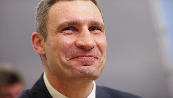 Глава столицы пообещал ремонтировать дома и развивать транспорт