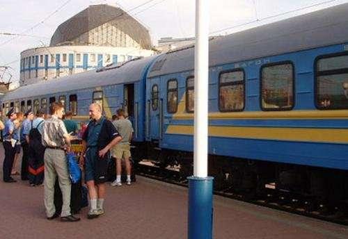 Поезда будут следовать в южном и западном направлениях
