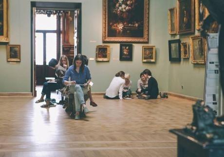 В это воскресенье, 26 июля, в Национальном художественном музее Украины пройдет день скетча
