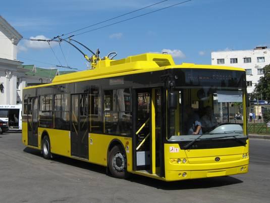 Киевские власти подумывают над тем, чтобы в городе появились троллейбусы с автономным ходом