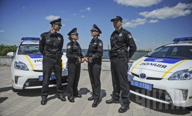 Стали известны подробности задержания киевского полицейского