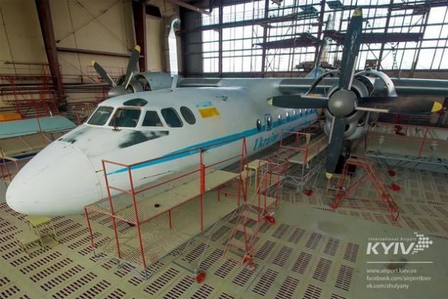 Арт-самолет будет виден как с терминалов аэропорта, так и с улицы Медовая и Воздухофлотского проспекта