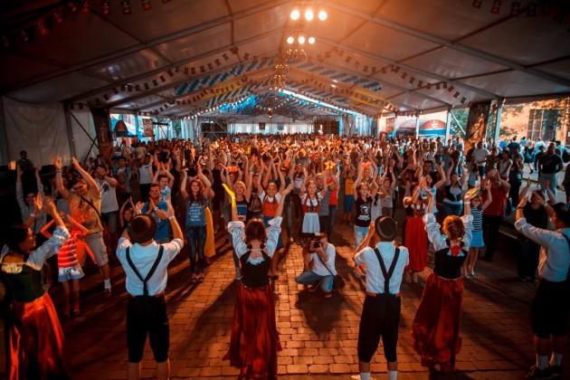 Фестиваль передал настоящую атмосферу и колорит знаменитого немецкого праздника