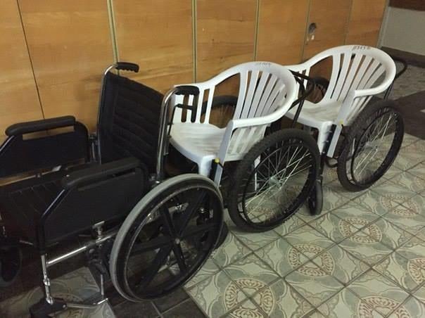 Самодельные коляски обнаружили в больнице номер 12