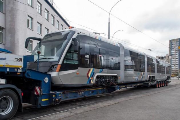 Трамвай презентовали во Львове 9 ноября