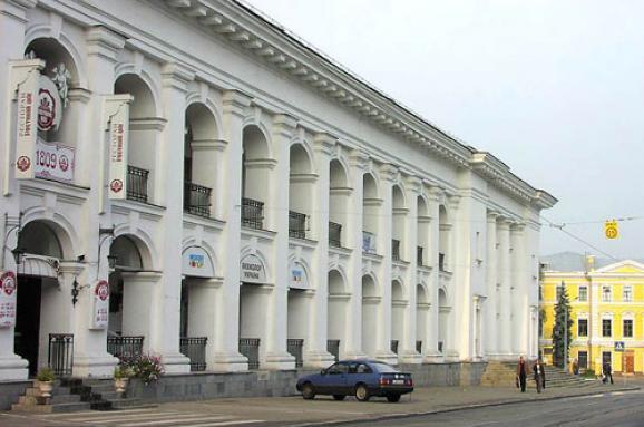 Представитель Кабмина отозвал апелляционную жалобу и поддержал позицию киевлян