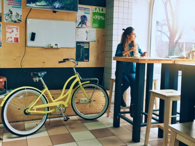 Теперь можно перекусить, пока вам чинят велосипед