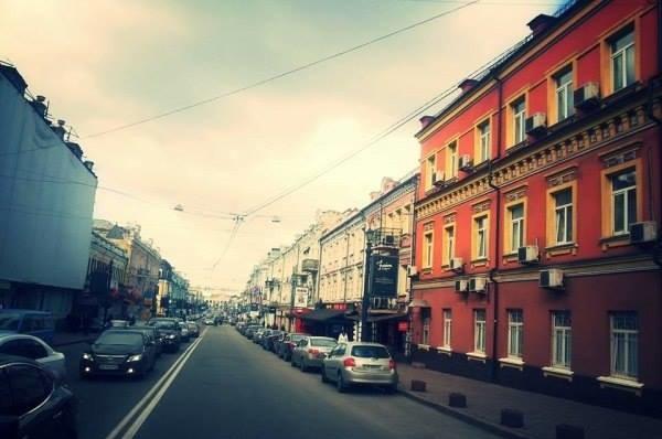 Улицу Сагайдачного на Подоле уже через два месяца могут освободить от транспорта