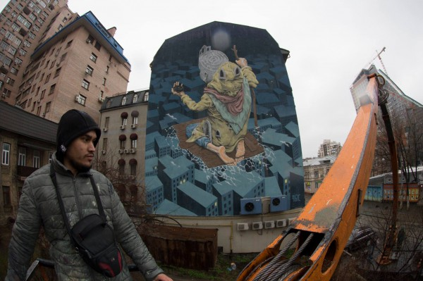 Работу под названием Лабиринт создал художник Рустам Qbic