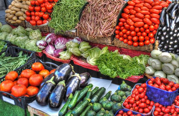 С 19 по 24 апреля в разных районах столицы пройдут продуктовые ярмарки, где традиционно представят свою продукцию отечественные хозяйства