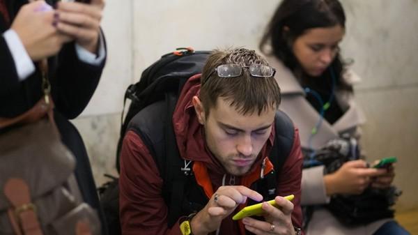 Компания Москито-Мобайл сообщила, что теперь беспроводной интернет есть на станциях метро Крещатик, Театральная, Золотые Ворота и Кловская