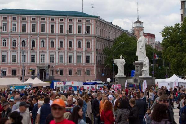 По словам Кличко, транспортных коммуникаций, как у Киева, нет ни в Одессе, ни в Днепропетровске, ни во Львове