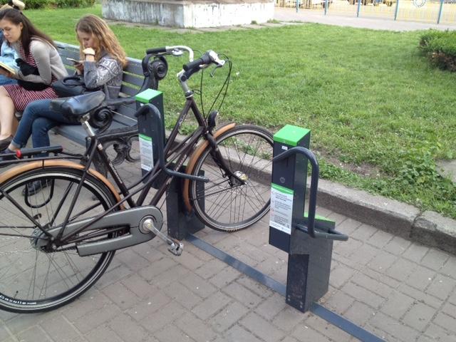 В столице впервые появилось место, где можно оставить велосипед, не волнуясь о его сохранности