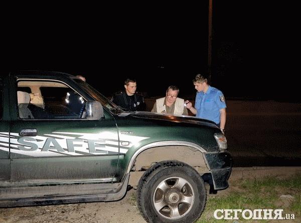 Правоохранители обнаружили труп мужчины в районе метро Академгородок