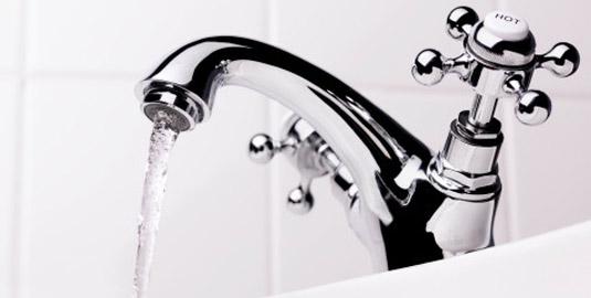 Вода еще не дошла до водозабора, но специалисты уже заявили, что волноваться не стоит