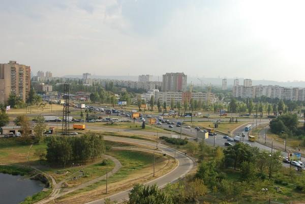 Новая развязка позволит улучшить транспортную ситуацию в Деснянском районе столицы