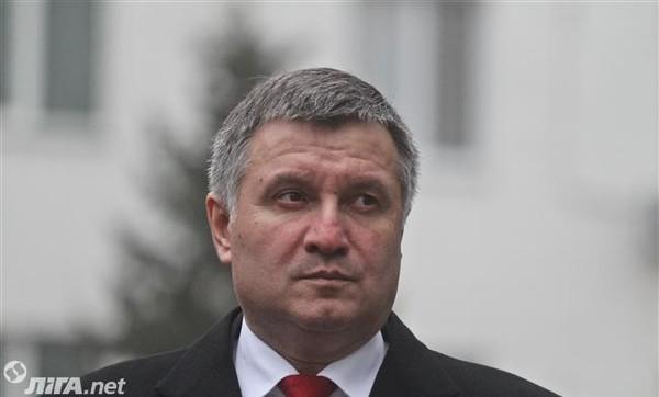 Зарплату участковым Нацполиции обещают в размере 6 тысяч гривен, следователям - около 10 тысяч