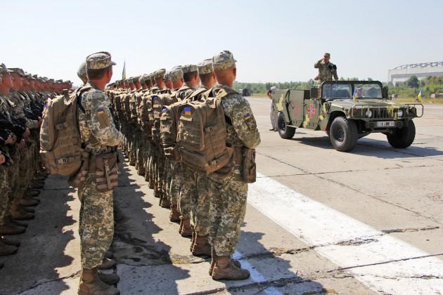 В параде примут участие более 4000 военных