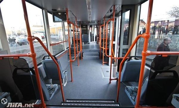 В трамвае можно подключиться к Wi-Fi и подзарядить телефон