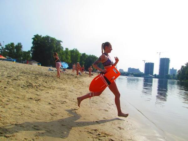 По состоянию на 15 августа в Киеве запретили купаться на четырех городских пляжах