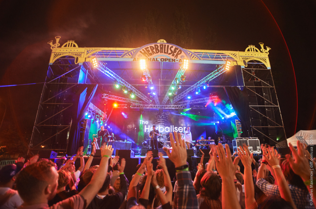 На першому концерті в Києві британці  The Herbaliser довели: фанк-хоп-джаз – це весело