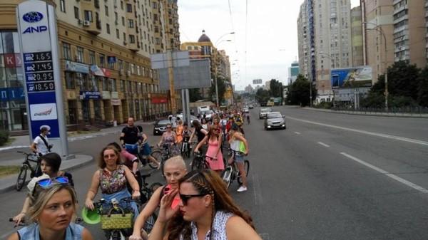 На улицах Киева 14% женщин от общего количества велосипедистов