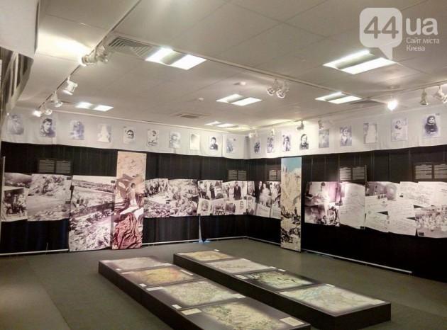В Украине отмечают 75-ю годовщину трагедии