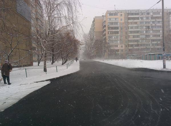 В Киевавтодоре заявили, что не причастны к ремонтным работам