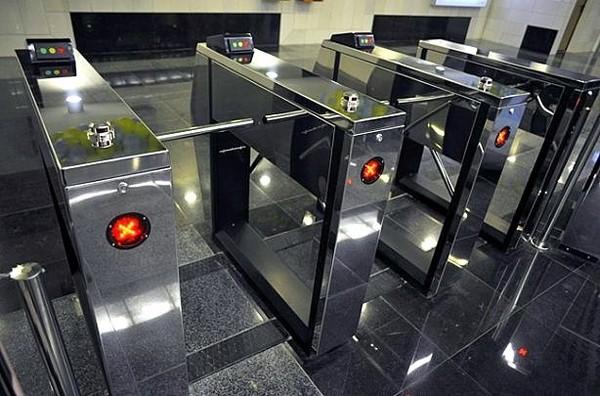 На протяжении 2017 года киевская подземка планирует полностью отказаться от жетонов