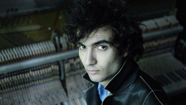 В Украину приедет пианист, игравший с лидером System of a Down